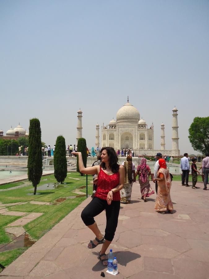 Аниса Аль-Сенди посетила великолепный Тадж-Махал, жемчужину мусульманского искусства Индии