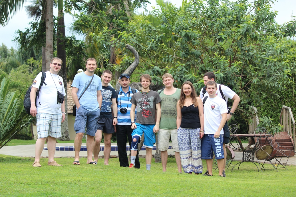 "Команда ""Килиманджаро 2014"" на старте"