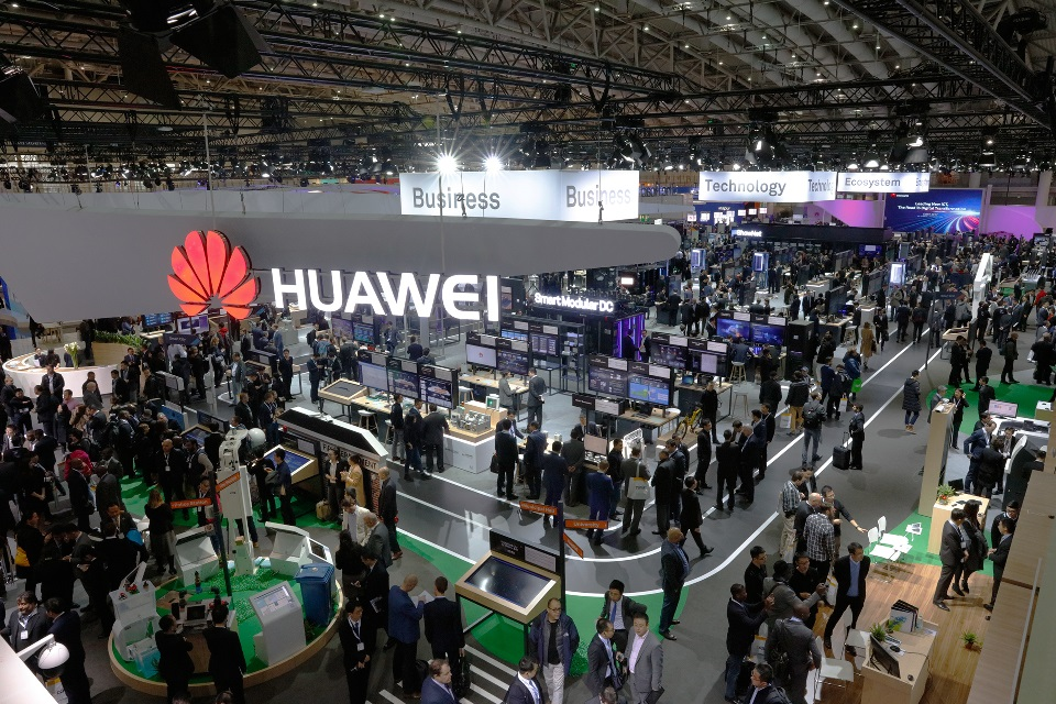 Huawei-joined-hands-with-100-partners-to-exhibit-at-CeBIT-2017